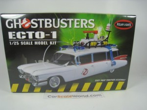 ECTO-1 GHOSTBUSTERS 1/25 POLAR LIGHTS (KIT ASSEMBL