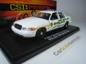 FORD CROWN VICTORIA POLICE INTERCEPTOR CSI MIAMI 1