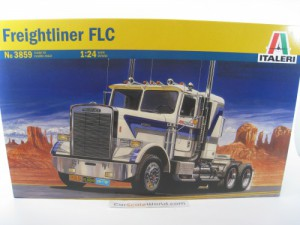 FREIGHTLINER FLC 1/24 ITALERI (KIT ASSEMBLY)