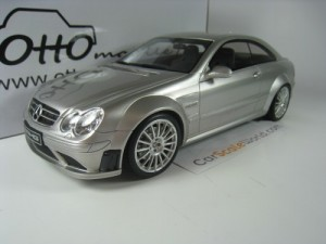 MERCEDES BENZ CLK 63 AMG BLACK SERIES 2008 1/18 OT