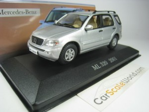 MERCEDES BENZ ML 320 2001 1/43 IXO ALTAYA (SILVER)