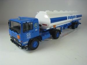 PEGASO 1231 T CAMPSA 1982 1/43 IXO SALVAT (WITH BL